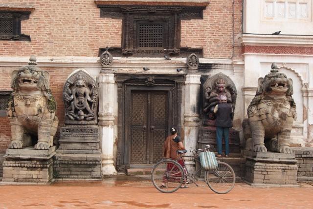 bhaktapur durbar square earthquake
