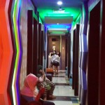 Enter colour - a karaoke bar